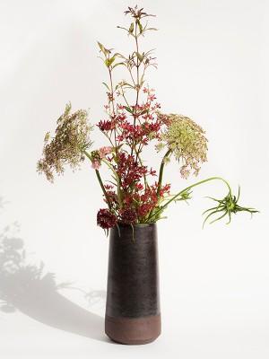 VM vase of flowers